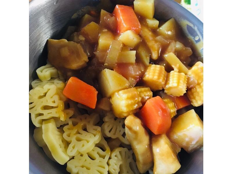 咖喱雞肉🦕恐龍麵