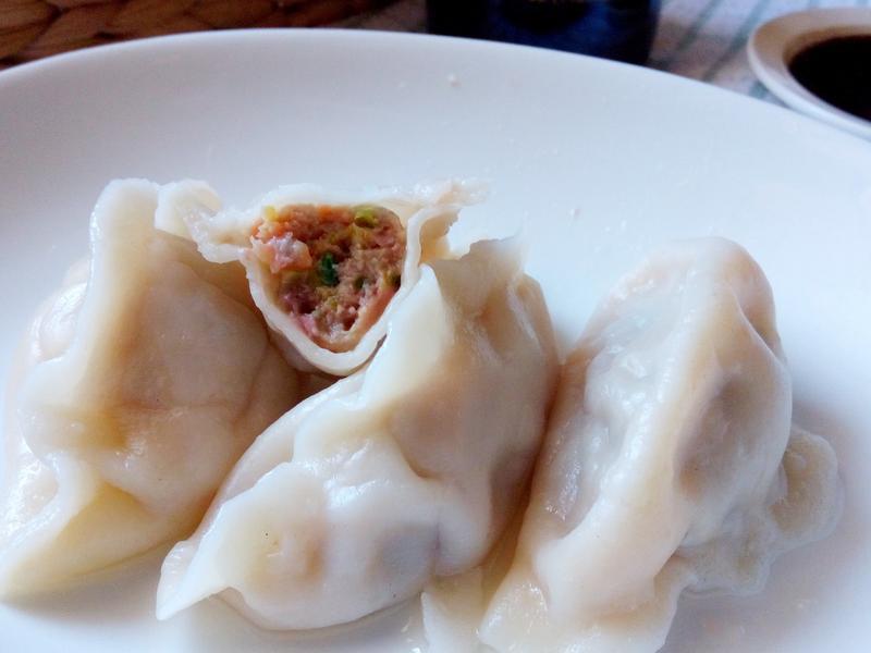 芹菜牛肉水餃