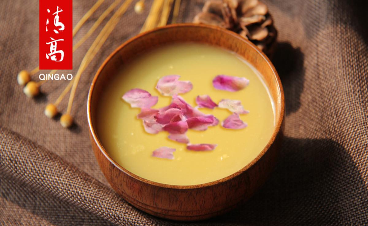 比起赏花,我更想喝玫瑰冰糖黄小米粥