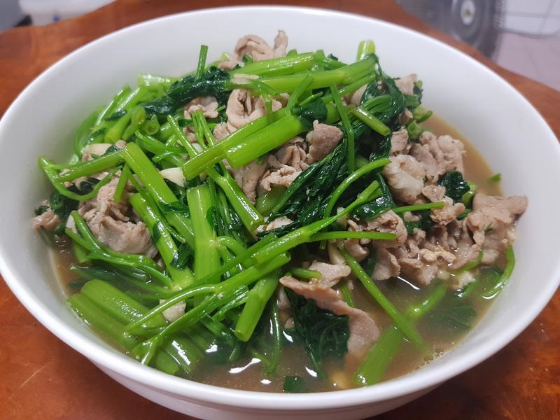 空心菜炒肉片