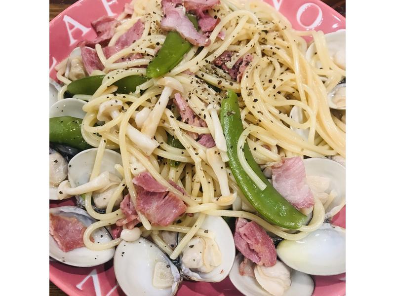一鍋到底培根甜豆蛤蜊義大利麵