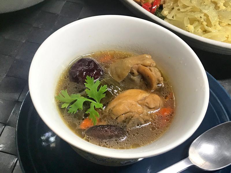 瓜仔雞湯。電鍋菜