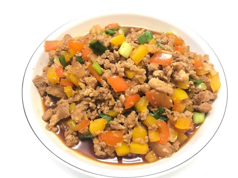 👩🏻🍳彩椒炒肉燥-好吃又好看