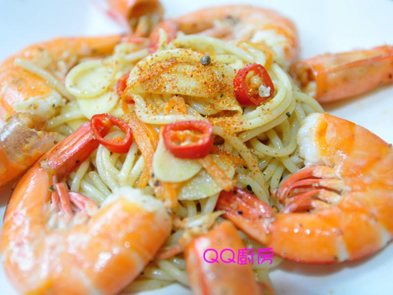 【黃金玄米油清爽料理】蒜辣味鮮蝦義大利麵