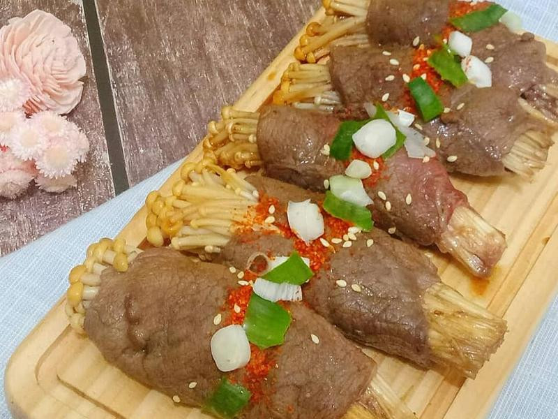 簡易便當菜-金針菇牛肉捲
