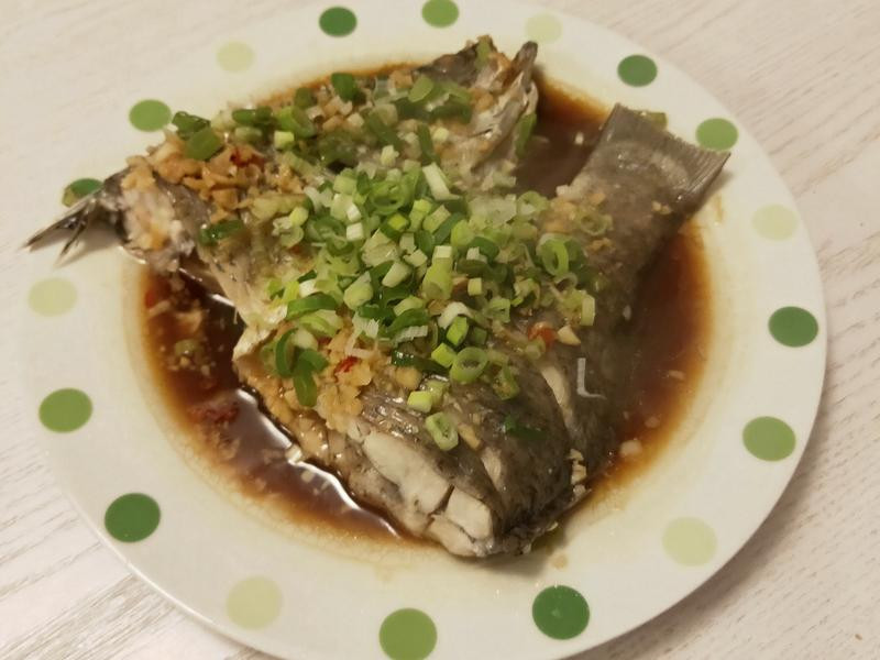 ♛Elvira • 蒜味蒸魚 ♛