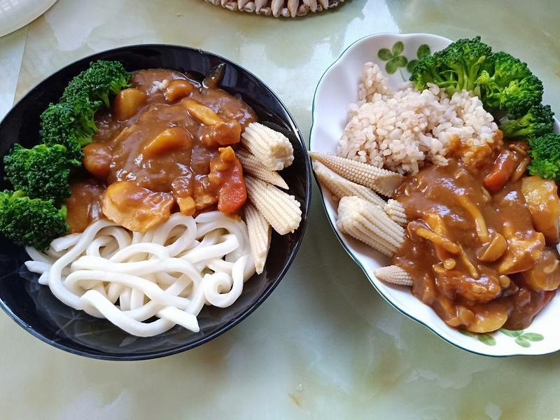 嫩雞時蔬咖喱