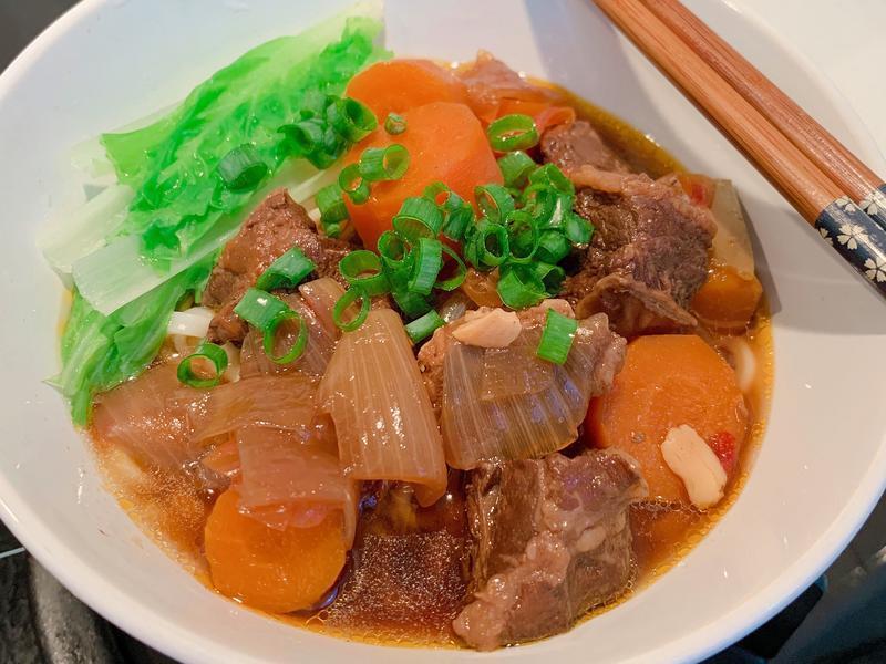 簡單燒神好吃番茄紅燒牛肉麵
