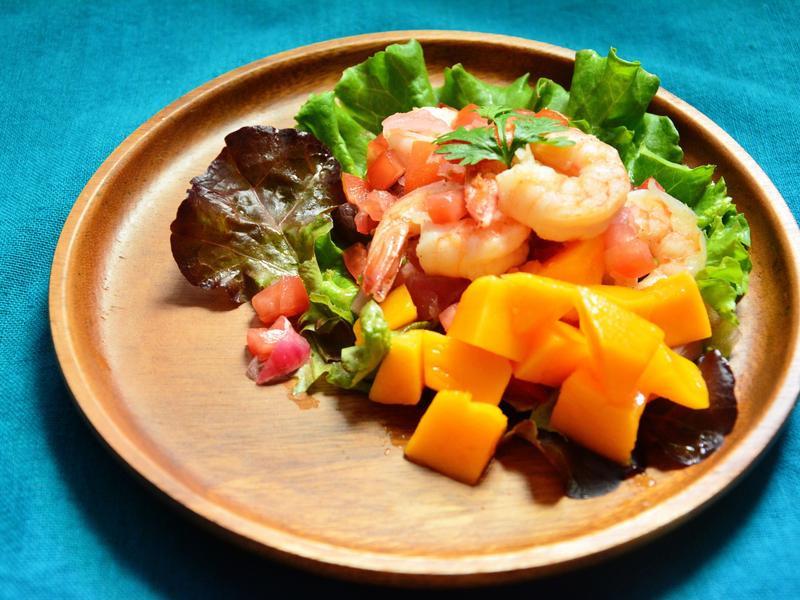 鮮蝦芒果沙拉佐墨西哥莎莎醬