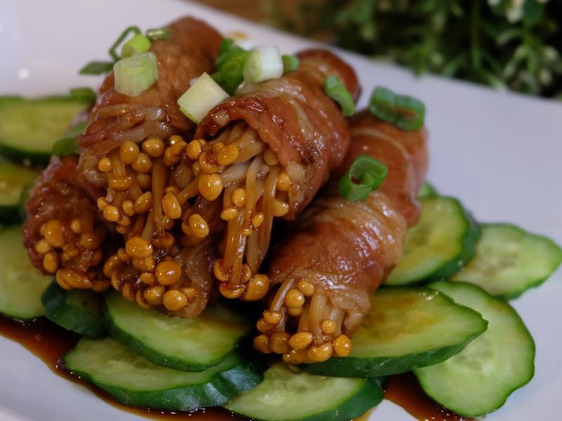 蒸魚醬爆金針菇肉捲 【簡易料理】