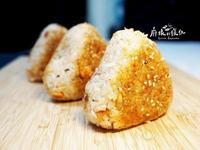 日式鮭魚烤飯糰☼ 平底鍋料理~野餐去!