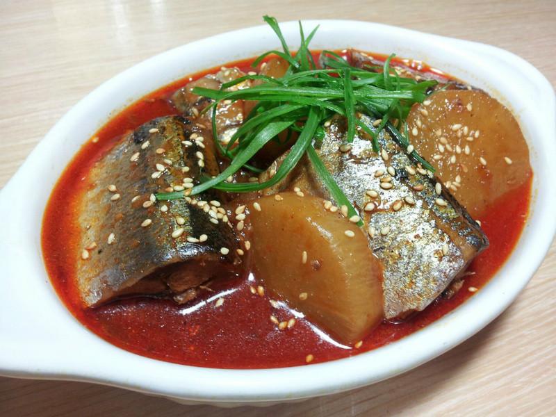 【四季江戶味之秋季料理】辣醬燉秋刀魚