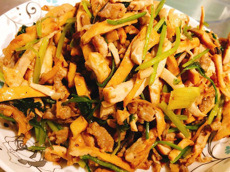 XO干貝醬香菜煸炒豆干
