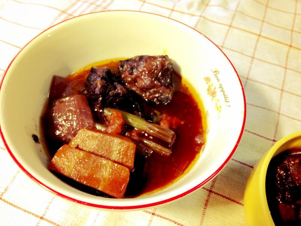 勃根地紅酒燉牛肉