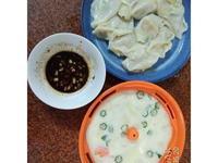 蔬菜蒸蛋和韭黃蝦仁水餃