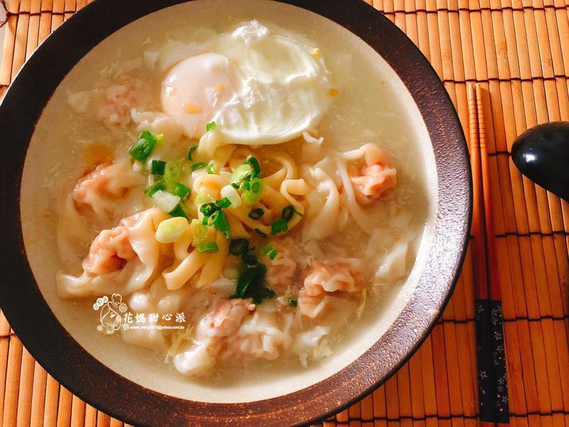 餛飩蛋包湯麵(主食料理)