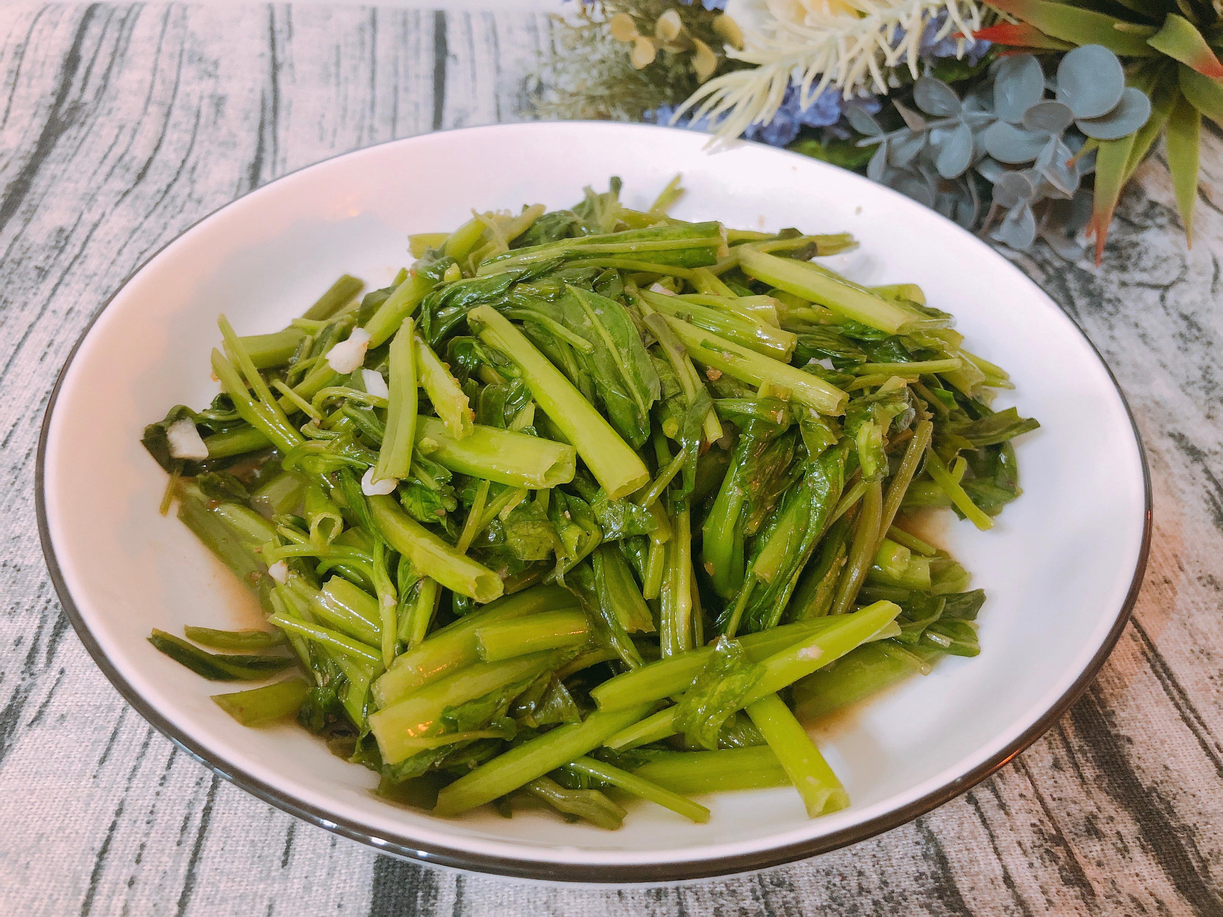 家常料理-沙茶空心菜