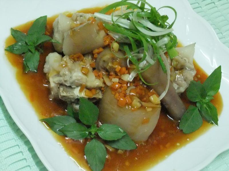 【黃金玄米油清爽料理】~蒜味玄米豬尾巴
