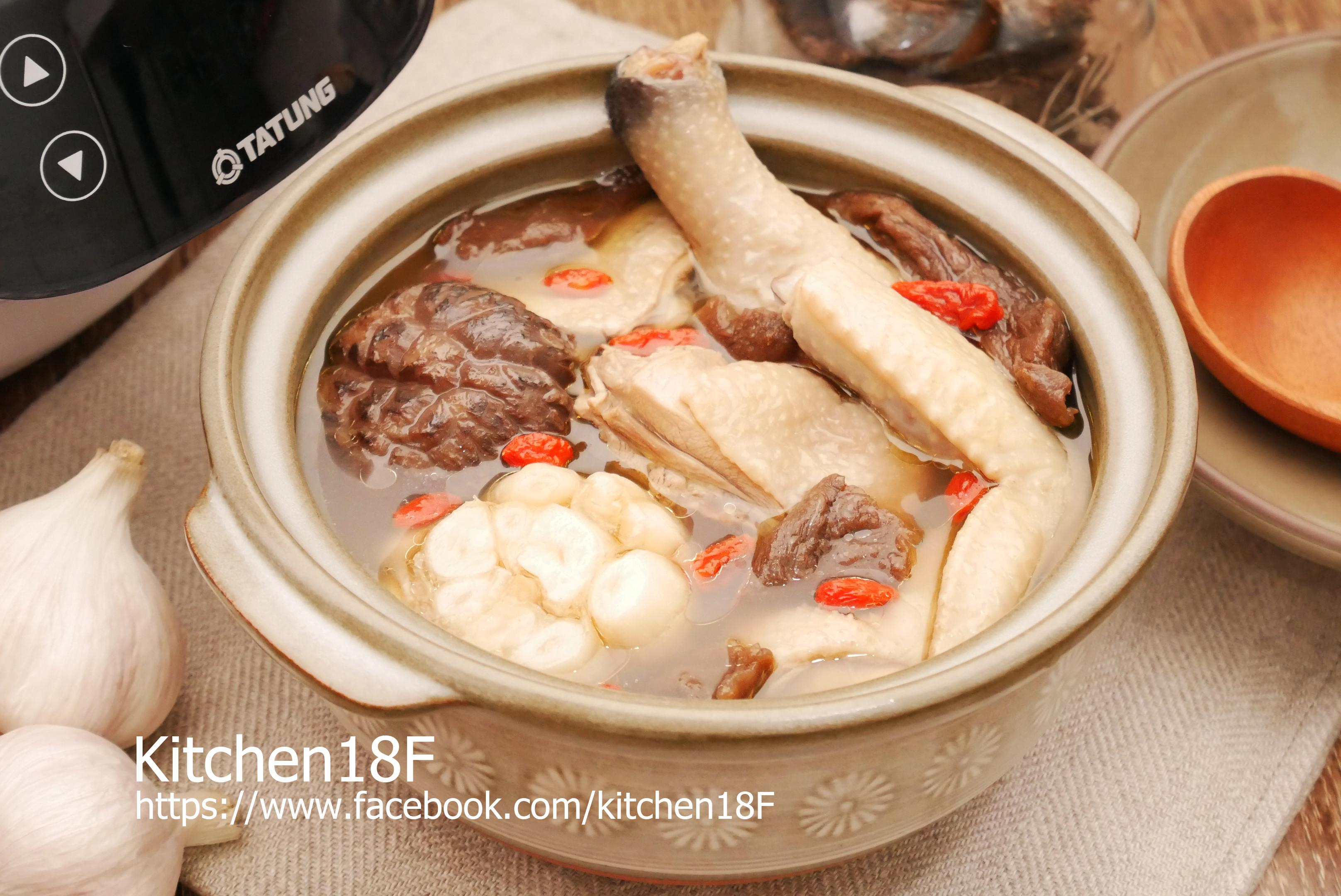 老菜脯燉雞湯_電子鍋料理
