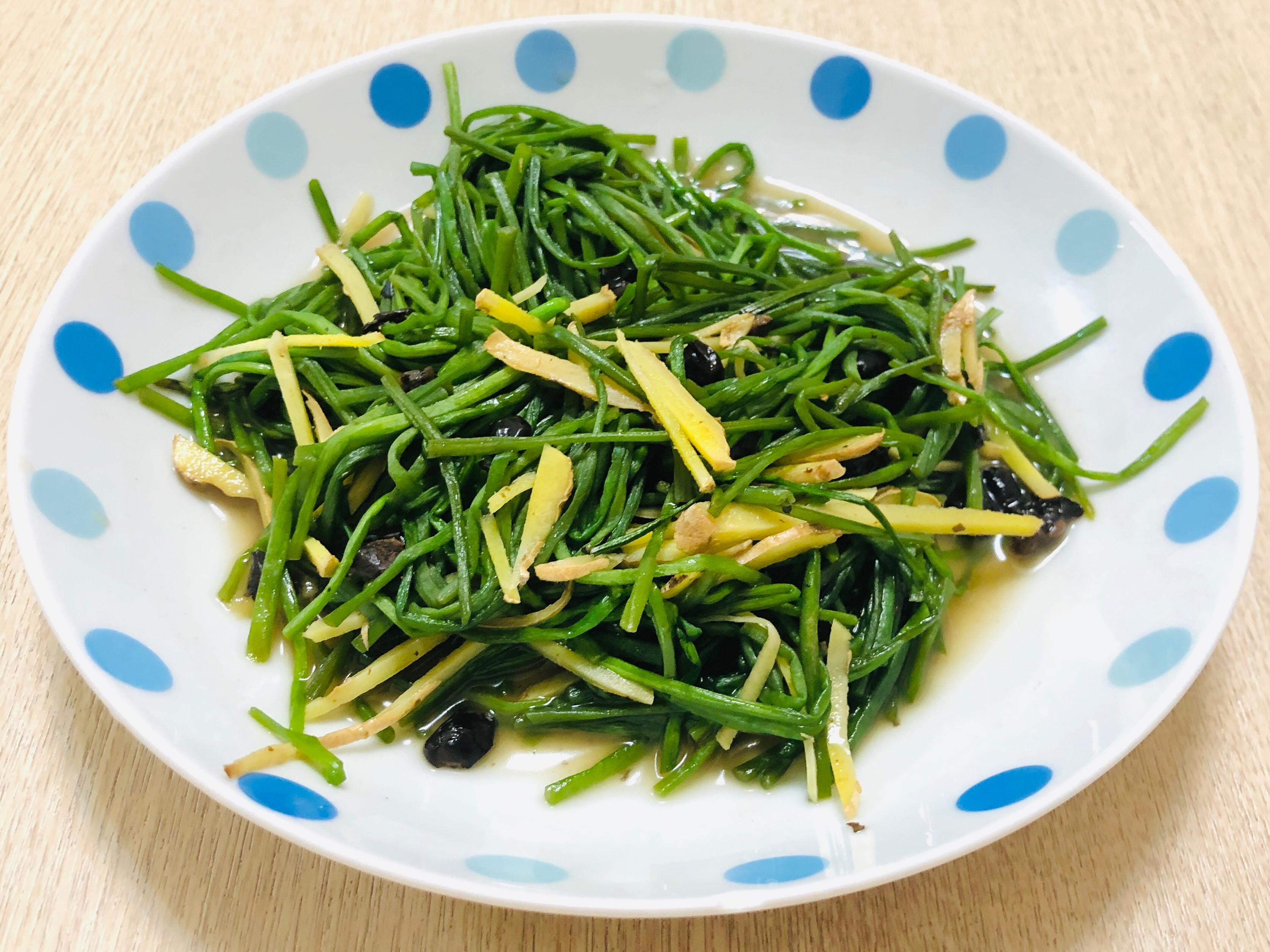 豆䜴炒水蓮(美味客家菜)