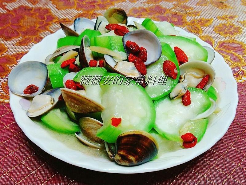 家常菜~枸杞蛤蜊絲瓜