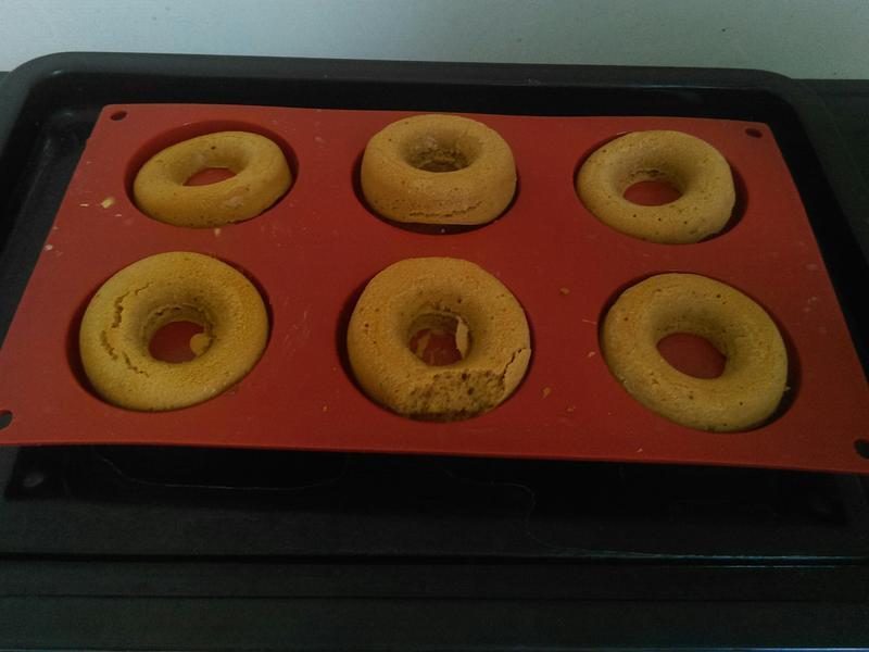 咖啡甜甜圈