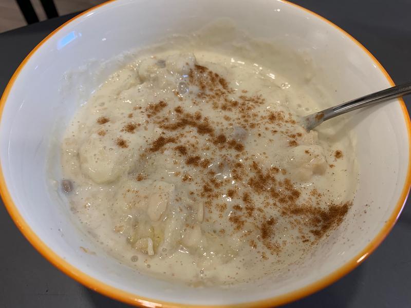香蕉豆漿燕麥(低醣微甜早餐)