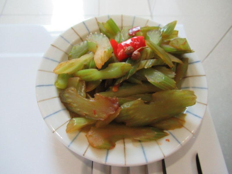 豆瓣醬芹菜