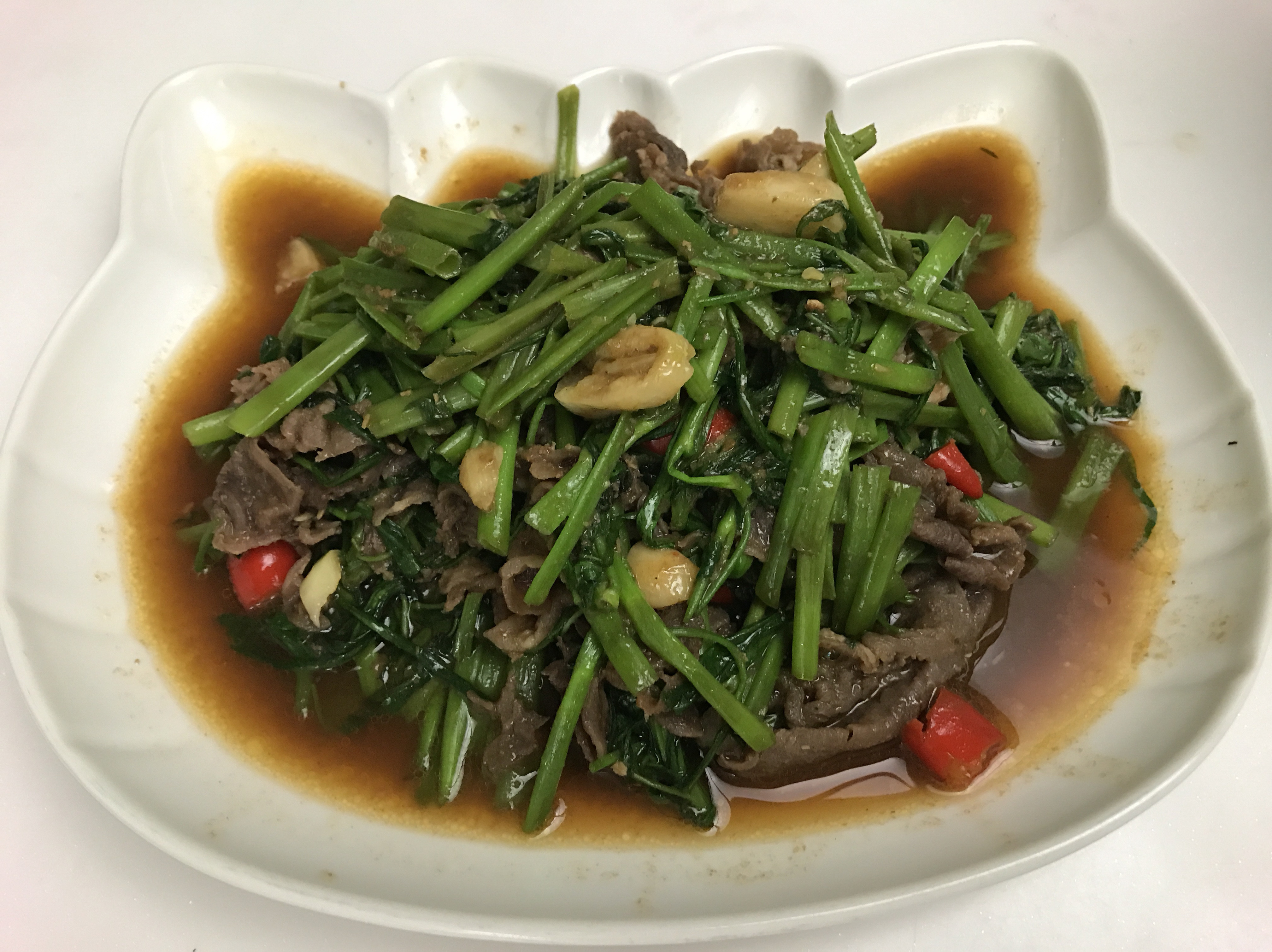 沙茶牛炒空心菜