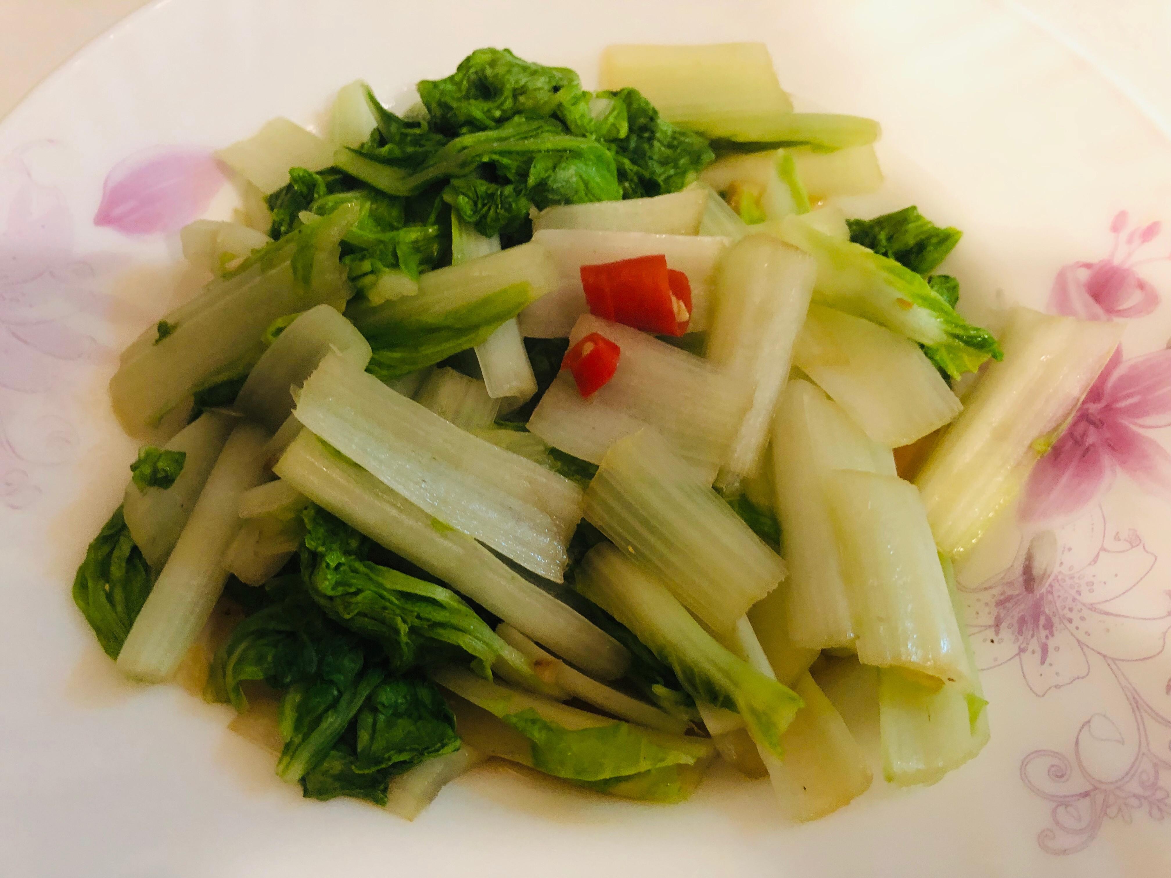 快速上桌:炒小白菜