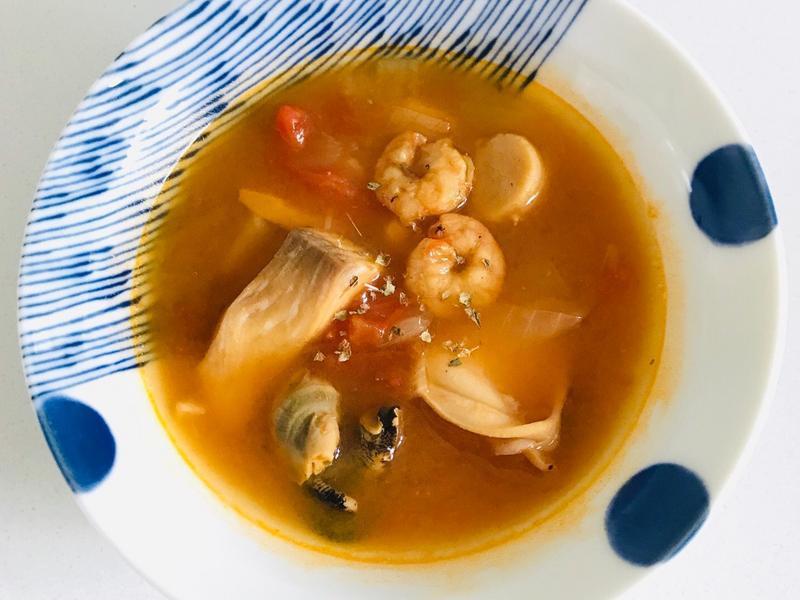 【飛利浦萬用鍋】蕃茄海鮮湯
