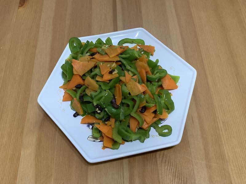 紅蘿蔔炒青椒