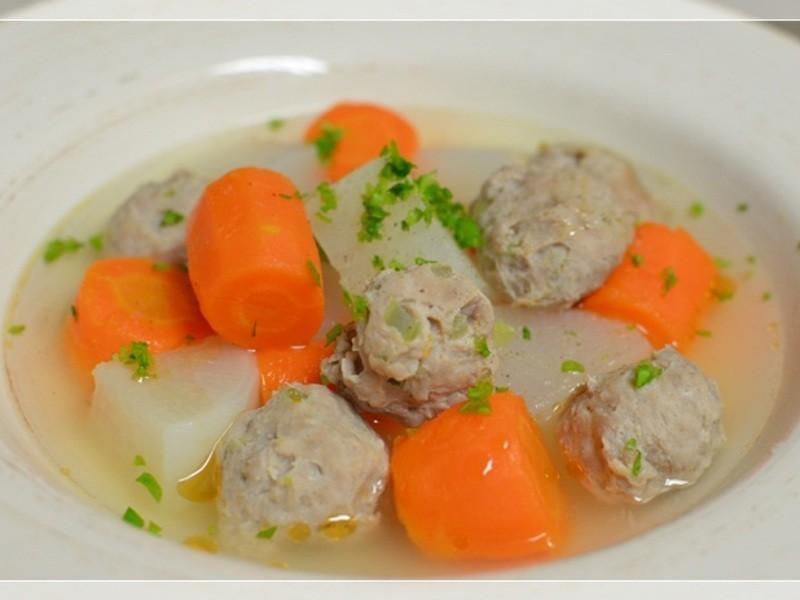 [四季江戶味之秋季料理]-雙蘿芹菜丸湯