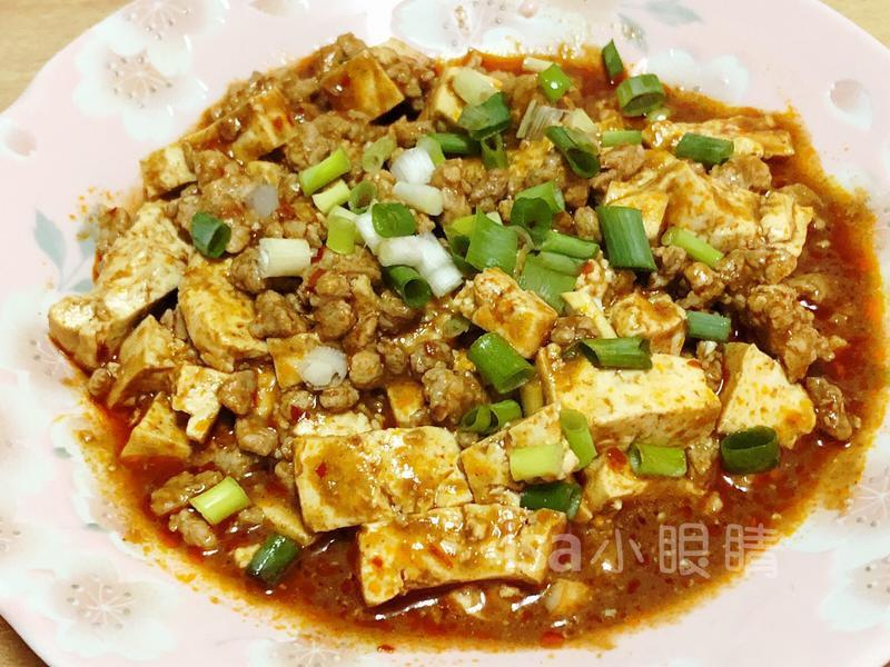 麻婆豆腐 (ㄧ)李錦記醬包