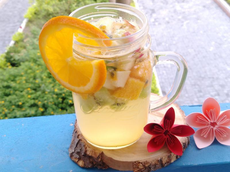 熱帶水果冷飲
