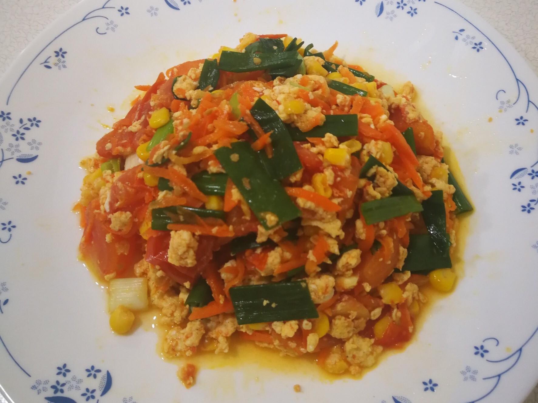 番茄蘿蔔玉米炒蛋