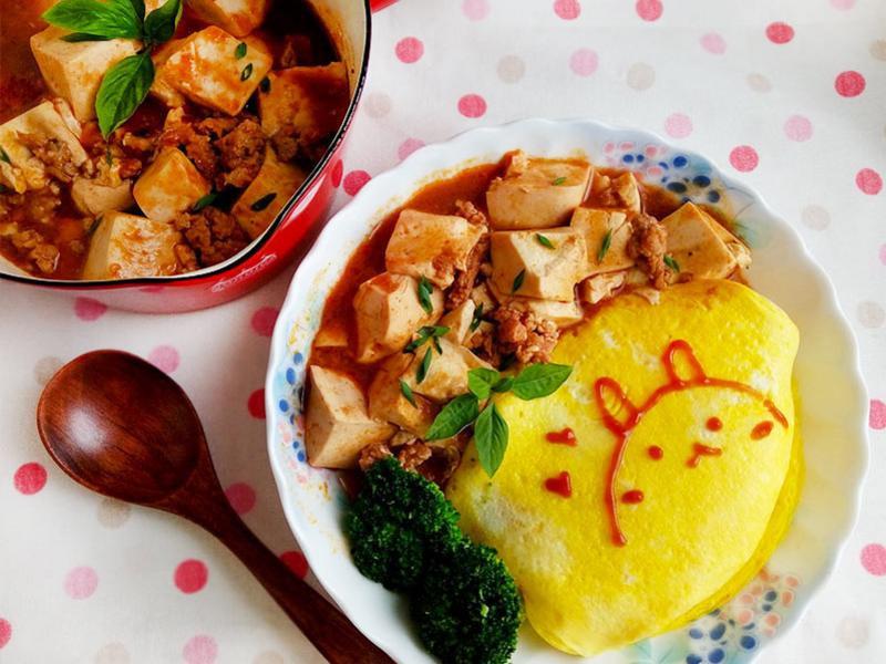 麻婆豆腐蛋包飯