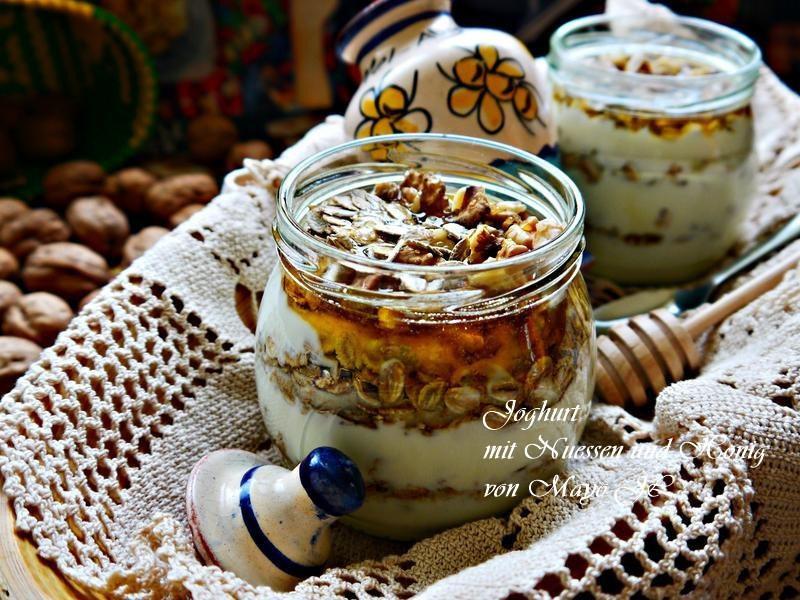 堅果蜂蜜優格甜點杯