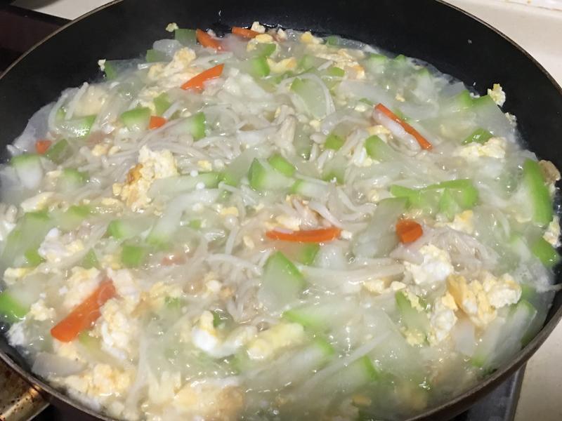 蒲瓜炒金針菇蛋