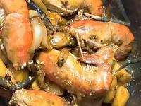 綠咖哩炒蝦