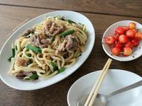 牛肉炒烏龍(旅行料理)