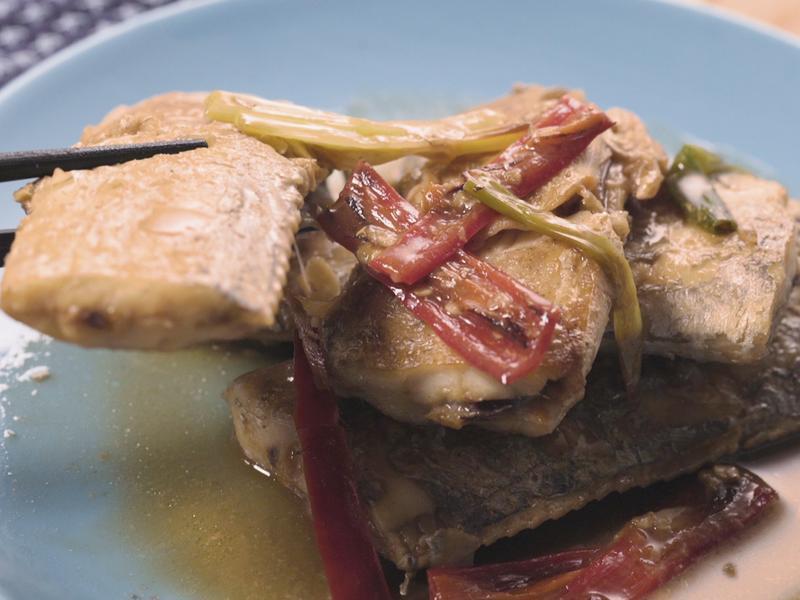 蔥燒白帶魚