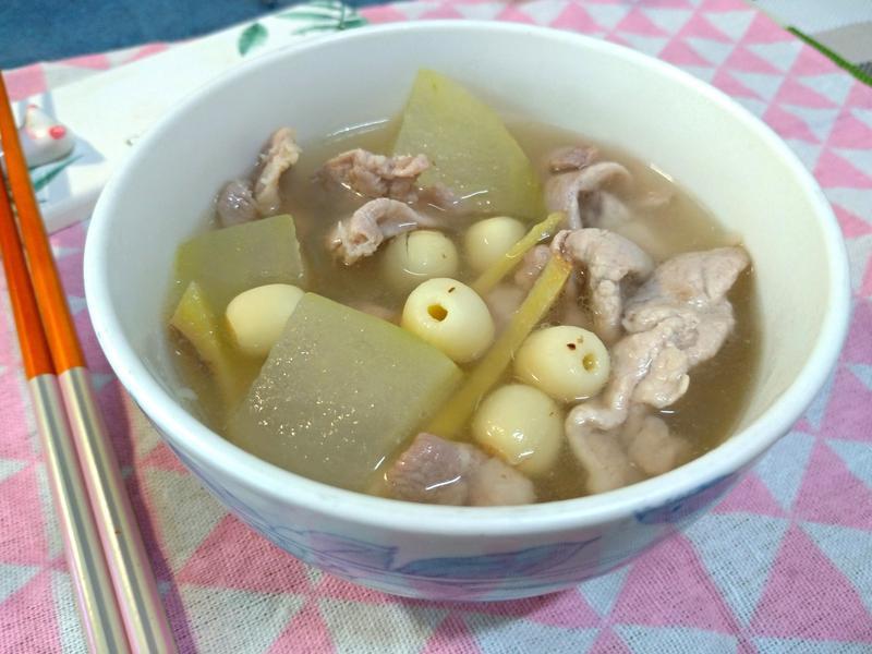 冬瓜蓮子肉片湯
