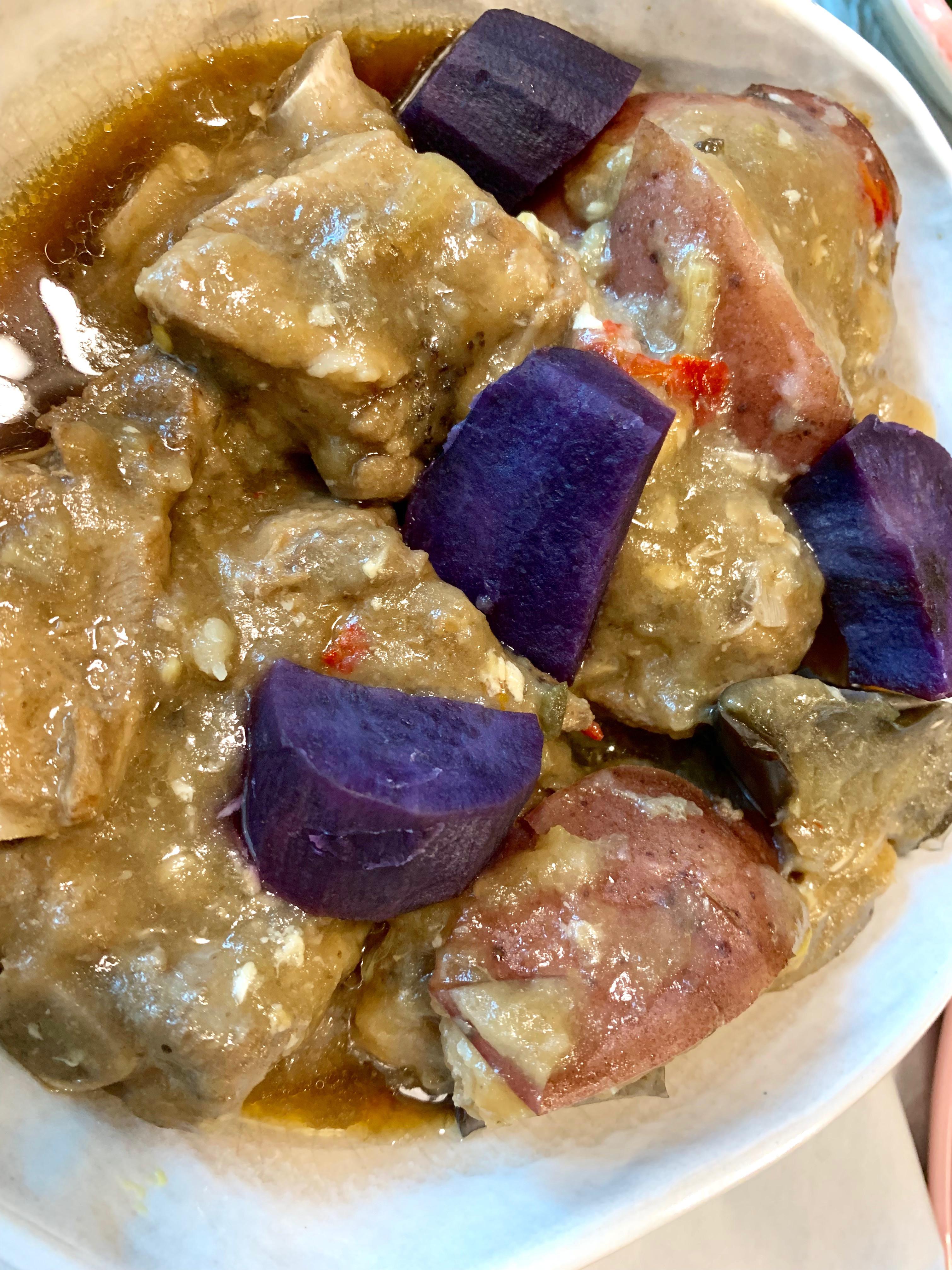 東北菜。茄子馬鈴薯燒排骨
