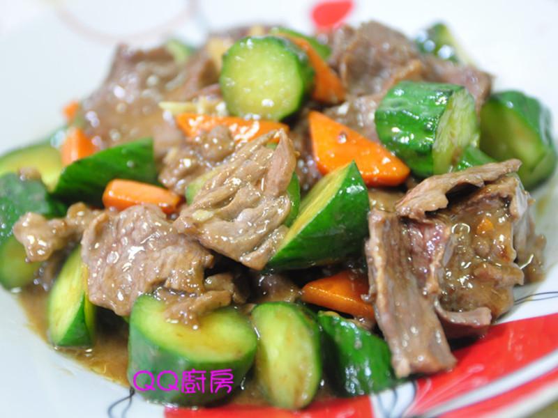醬燒牛肉片炒黃瓜丁