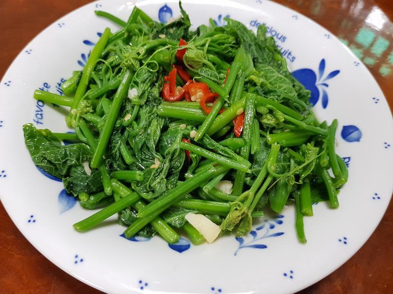 蒜辣龍鬚菜