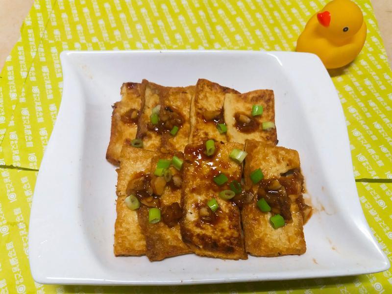 蒜蓉醬雞蛋豆腐薄片🍛