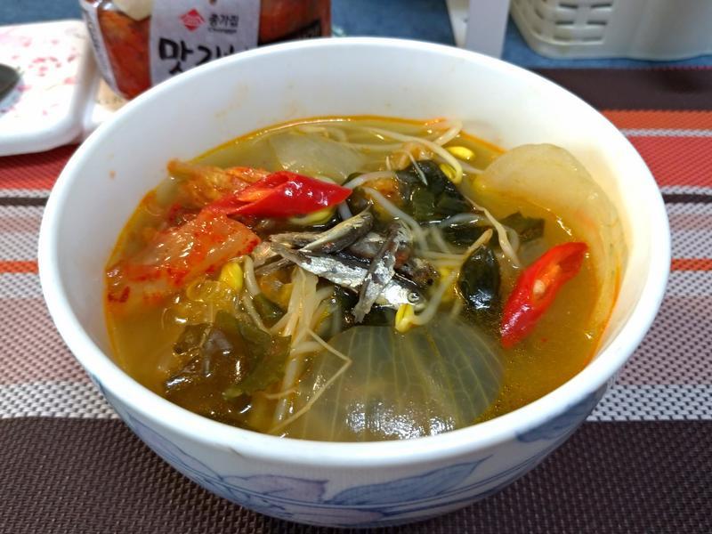 韓式辣菜豆芽湯