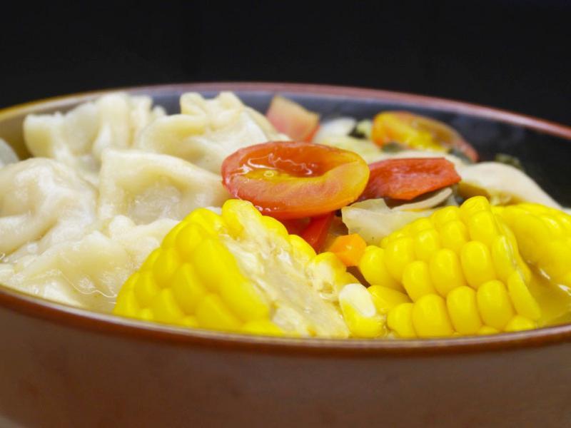 【蔥媽媽】素食版-泰式高纖酸辣湯水餃