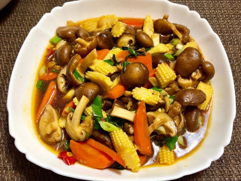 塔香鮮菇玉米筍